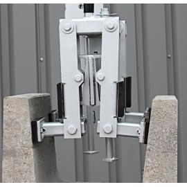 Pince mécanique EICHINGER pour caniveaux béton CMU 500kg